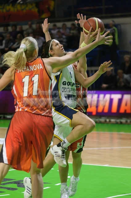 DA_Euroleague FIBA-UMMC-Gospic__20101201_005