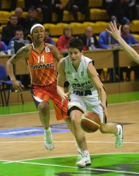 DA_Euroleague FIBA-UMMC-Gospic__20101201_028