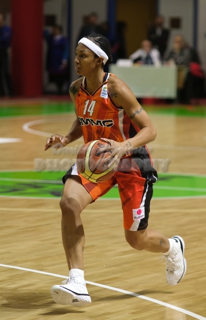 DA_Euroleague FIBA-UMMC-Gospic__20101201_064