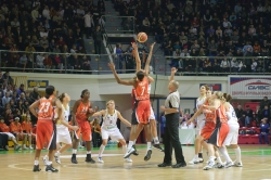 DA_Euroleague FIBA-UMMC-Fenerbakhche__20101124_004