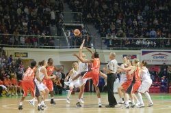 DA_Euroleague FIBA-UMMC-Fenerbakhche__20101124_006