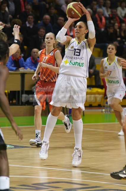 DA_Euroleague FIBA-UMMC-Fenerbakhche__20101124_032
