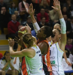 DA_Euroleague FIBA-UMMC-Fenerbakhche__20101124_062