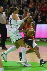 DA_Euroleague FIBA-UMMC-Fenerbakhche__20101124_070