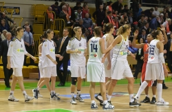 DA_Euroleague FIBA-UMMC-Fenerbakhche__20101124_099