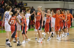 DA_Euroleague FIBA-UMMC-Fenerbakhche__20101124_100