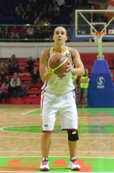 DA_Russian Premier League Women basketball_UMMC-Nadezhda Orenburg__20101212_041