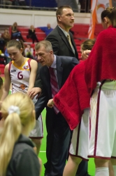 DA_Russian Premier League Women basketball_UMMC-Nadezhda Orenburg__20101212_049