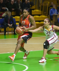 DA_Russian Premier League Women basketball_UMMC-Nadezhda Orenburg__20101212_058