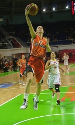 DA_Russian Premier League Women basketball_UMMC-Nadezhda Orenburg__20101212_075