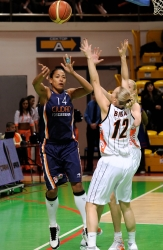 Erika De Souza #14 competes for the ball with Agnieszka Bibrzycka #12 and Maria Stepanova #11