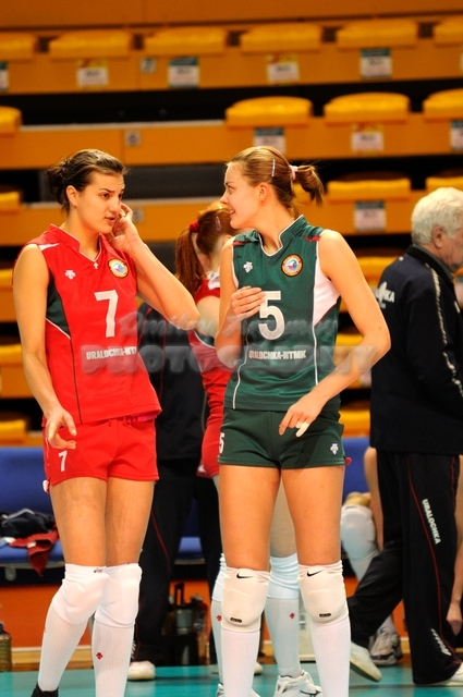DA_12082009_277_Volley_Url-Ptkos