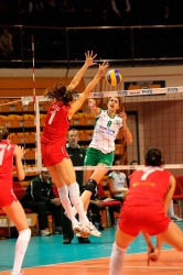 DA_12082009_319_Volley_Url-Ptkos