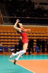 DA_12082009_326_Volley_Url-Ptkos
