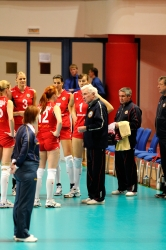 DA_12082009_382_Volley_Url-Ptkos
