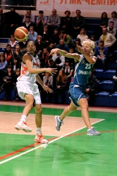 DA_02162010_Basketball UMMC vs Dinamo-GUVD_011