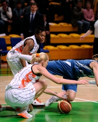 DA_02162010_Basketball UMMC vs Dinamo-GUVD_028