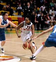 DA_02162010_Basketball UMMC vs Dinamo-GUVD_053