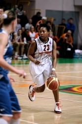 DA_02162010_Basketball UMMC vs Dinamo-GUVD_058