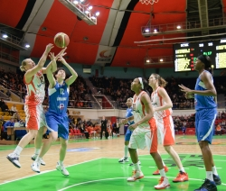 DA_Basketball_UMMC vs Dinamo Kursk_20110306_053
