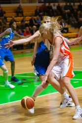 DA_Basketball_UMMC vs Dinamo Kursk_20110414_036
